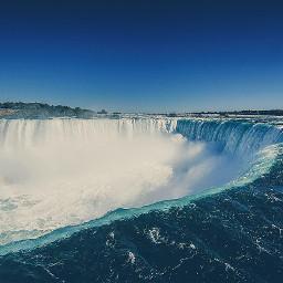 niagara falls canada summer water