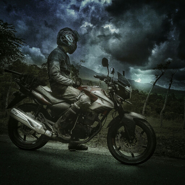 Small Machine Bike and Big Enjoying Life. #hdr #adventure #travel #road #motorcycle #rider #nature #cloud #sky #trip  #quotesandsayings #otomotive