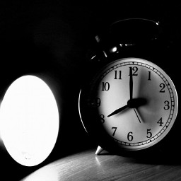 blackandwhite clock photo photography oldphoto