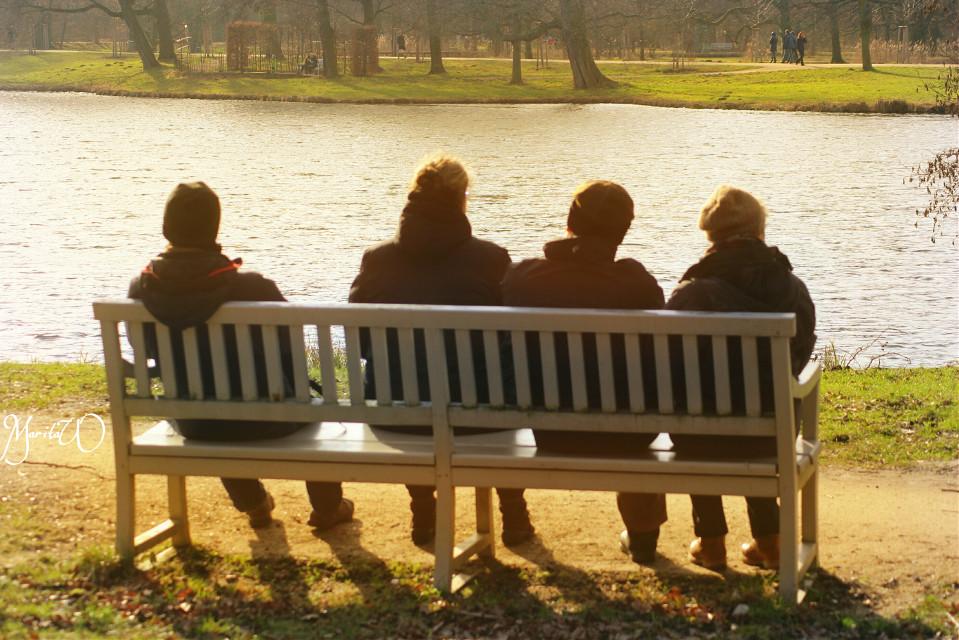 #SunnyEffect #people#peaceful#stillness#silence #photography #winter #emotions