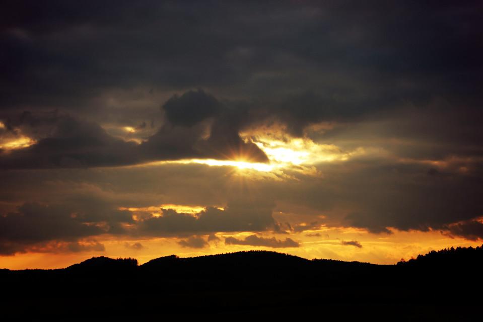 #sun #sunset #sunbeam #sunshine #sunlight #orange #clouds #sky #landscape #silhouette #countryside #nature #photography