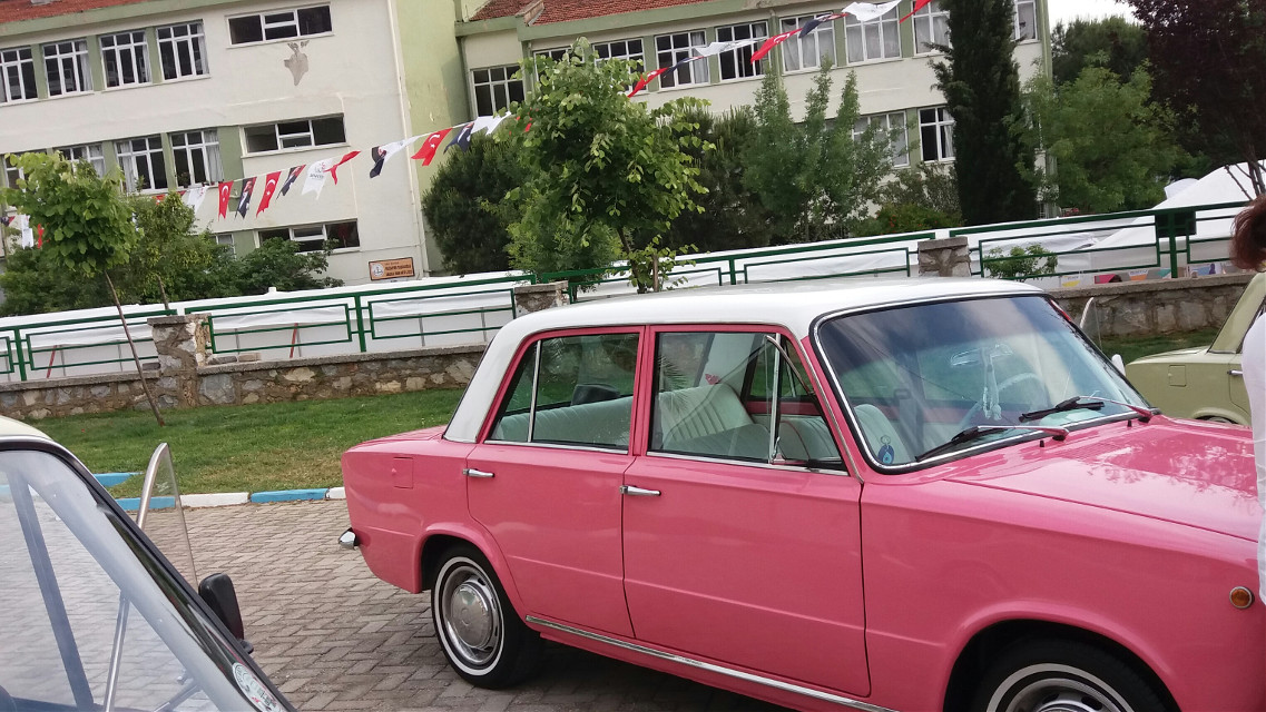 #pink #car #nostalgia